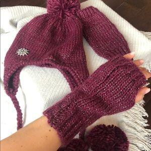Chloe & Isabel knit hat and glove set